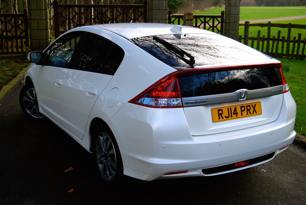 honda_insight_white_rear