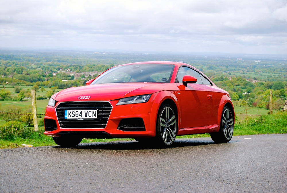 audi_tt_ultra_red