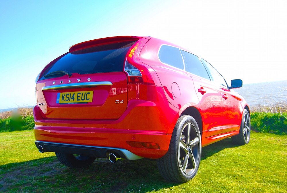 volvo_xc60_r_design_red_rear