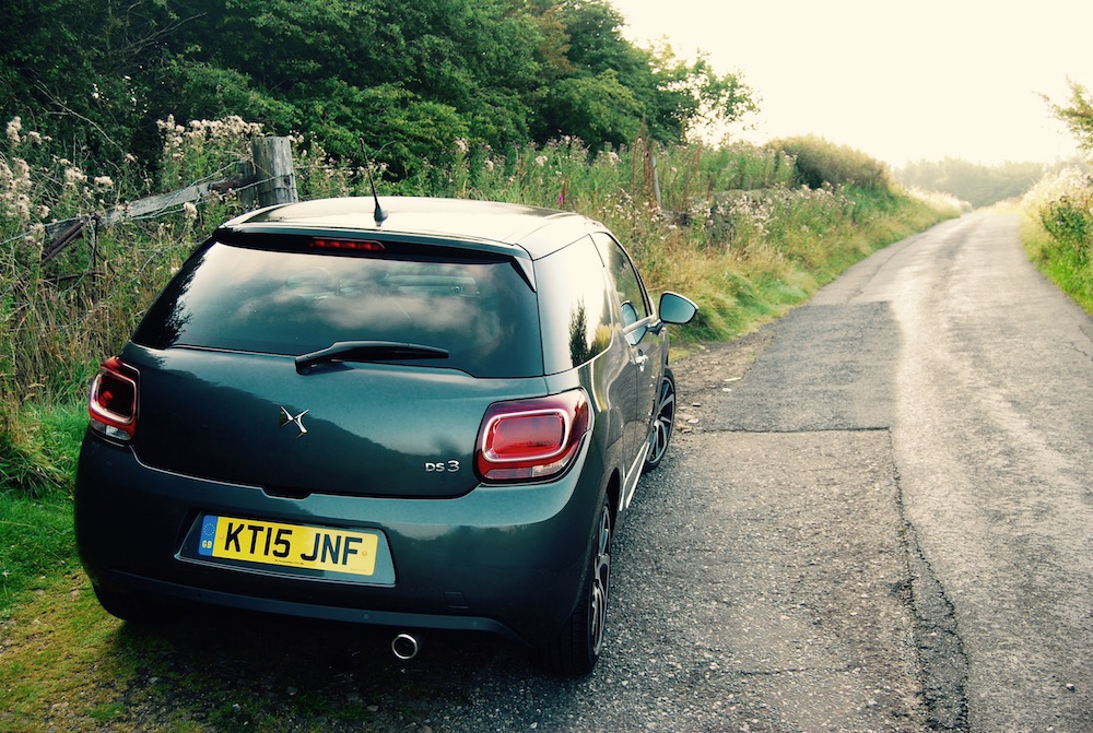 new_ds 3_grey_rear