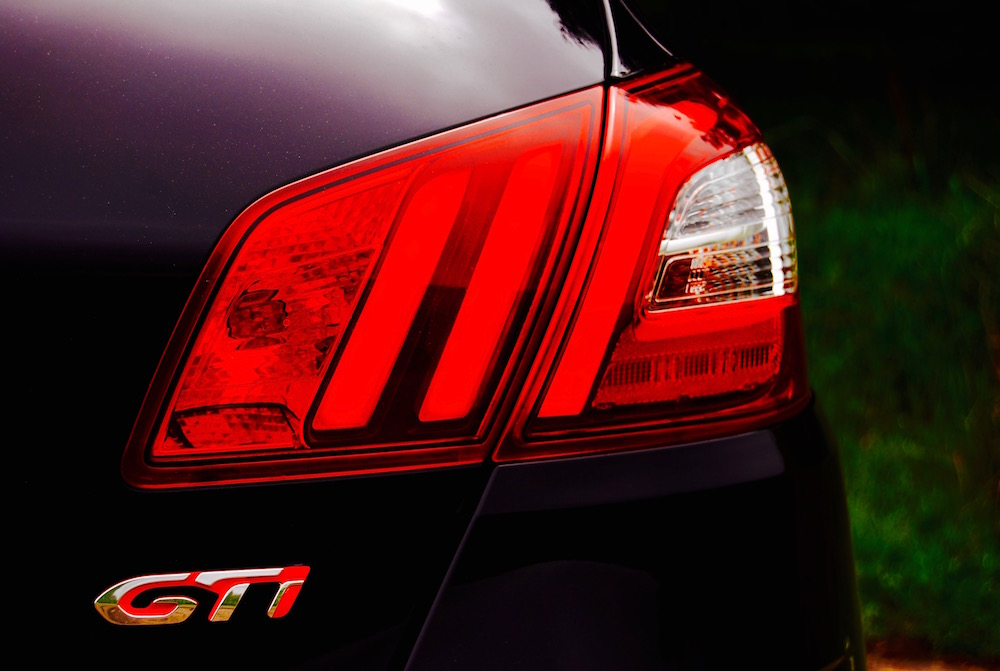 Peugeot 308 GTi rear light review