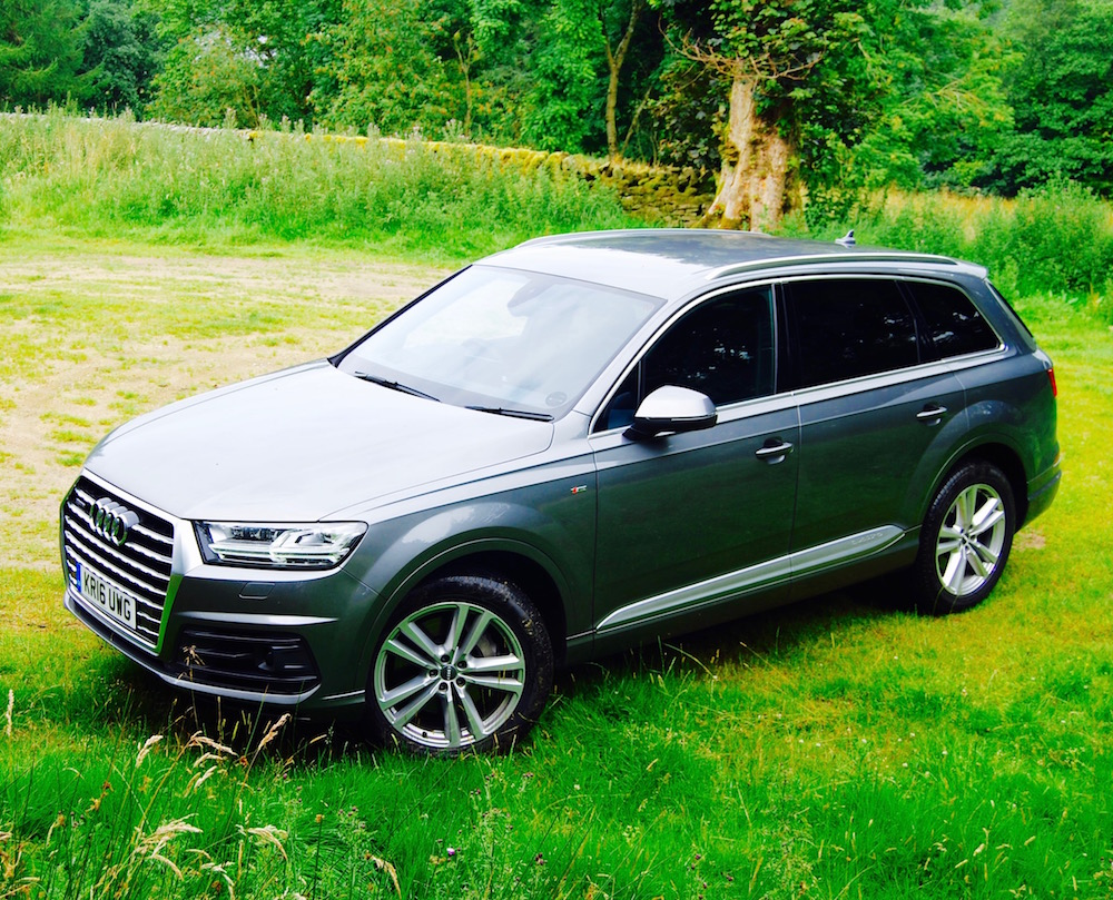 audi q7 side grey review