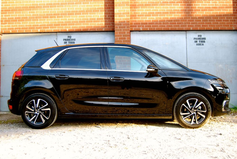 Citroen C4 Picasso black side