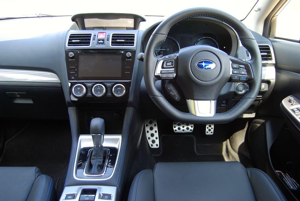 Subaru Levorg GT interior