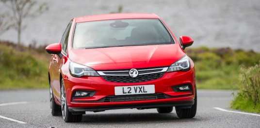 vauxhall astra red front