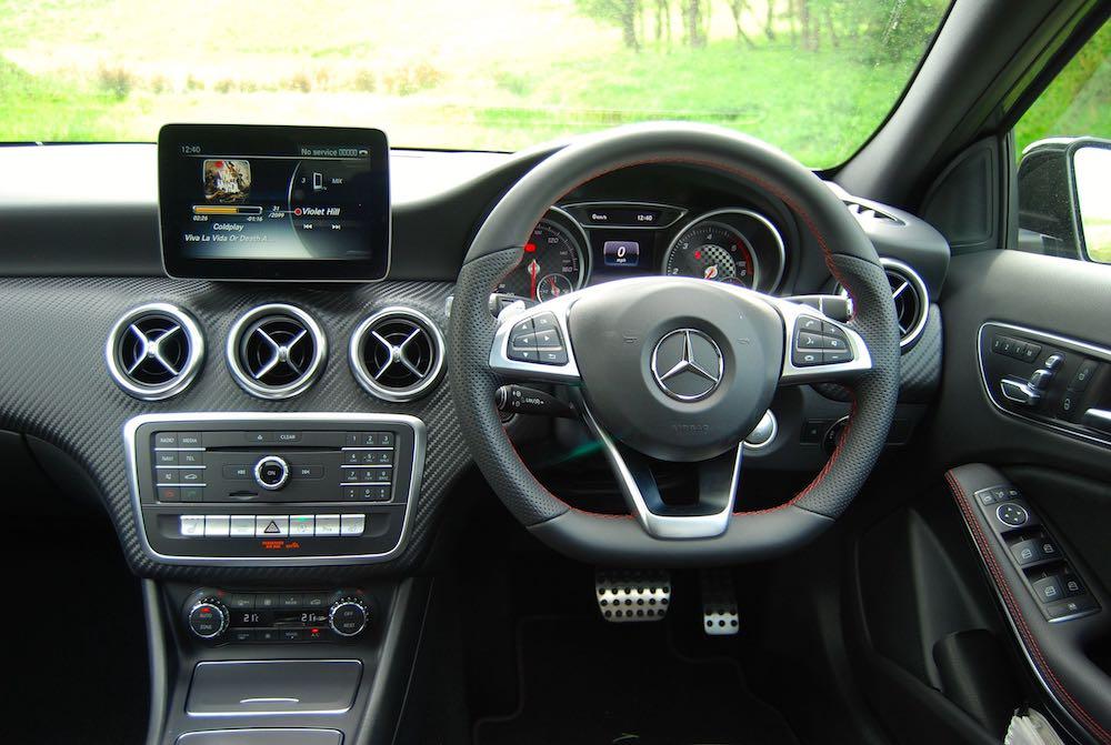 Mercedes A 220 interior