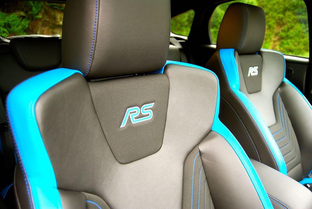 Ford Focus RS Recaro seats blue