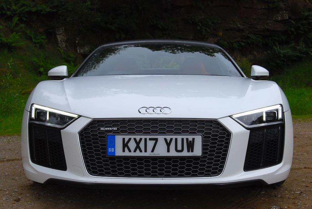Audi R8 Spyder white front