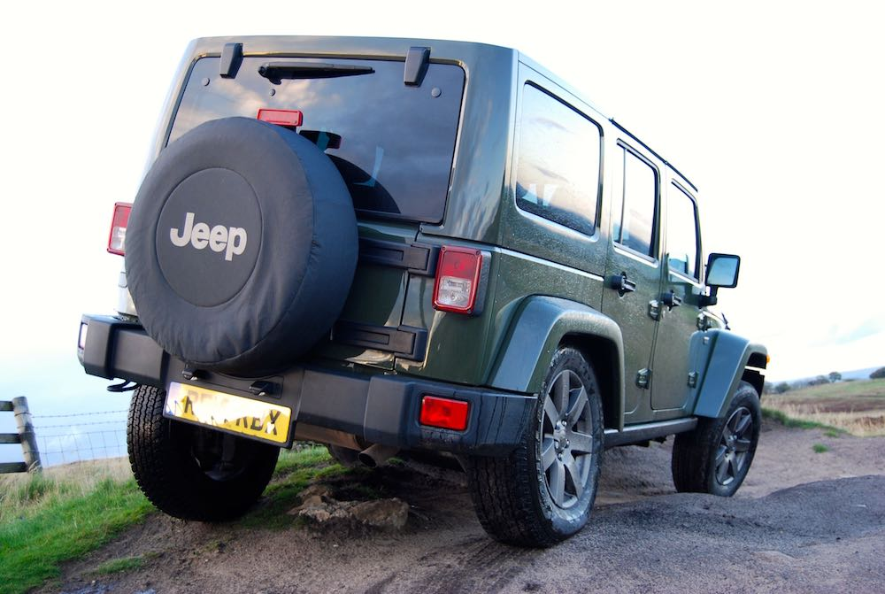 Jeep Wrangler 75th green rear off road