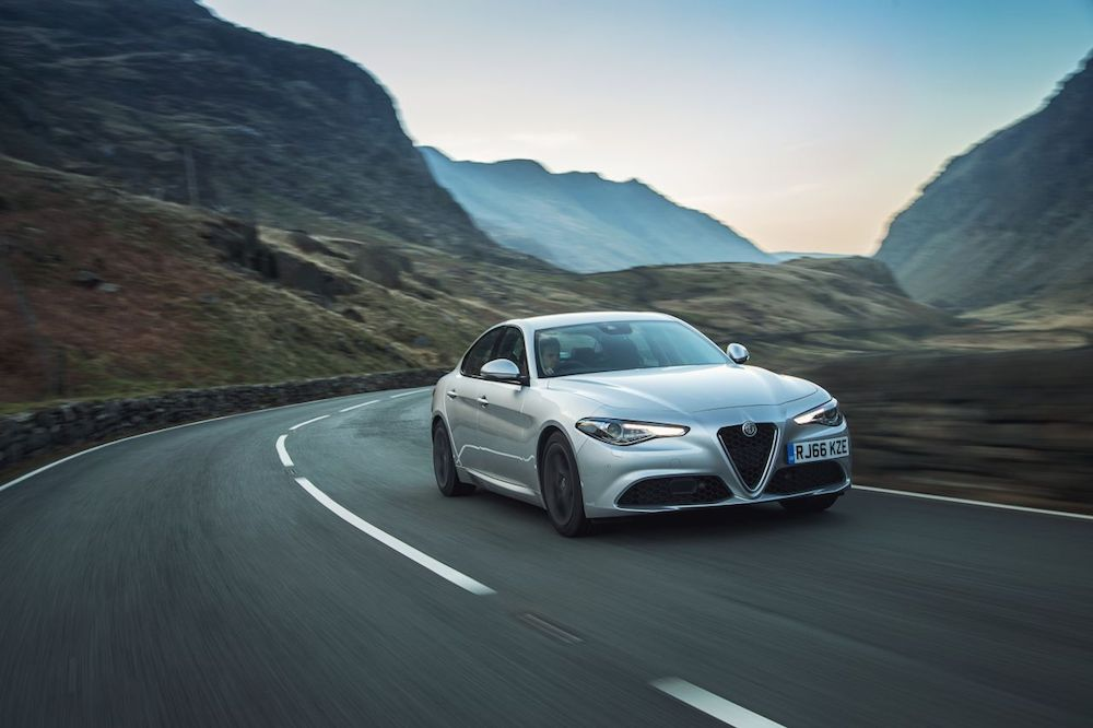 Alfa Romeo Giulia 2.0 200bhp Super Review