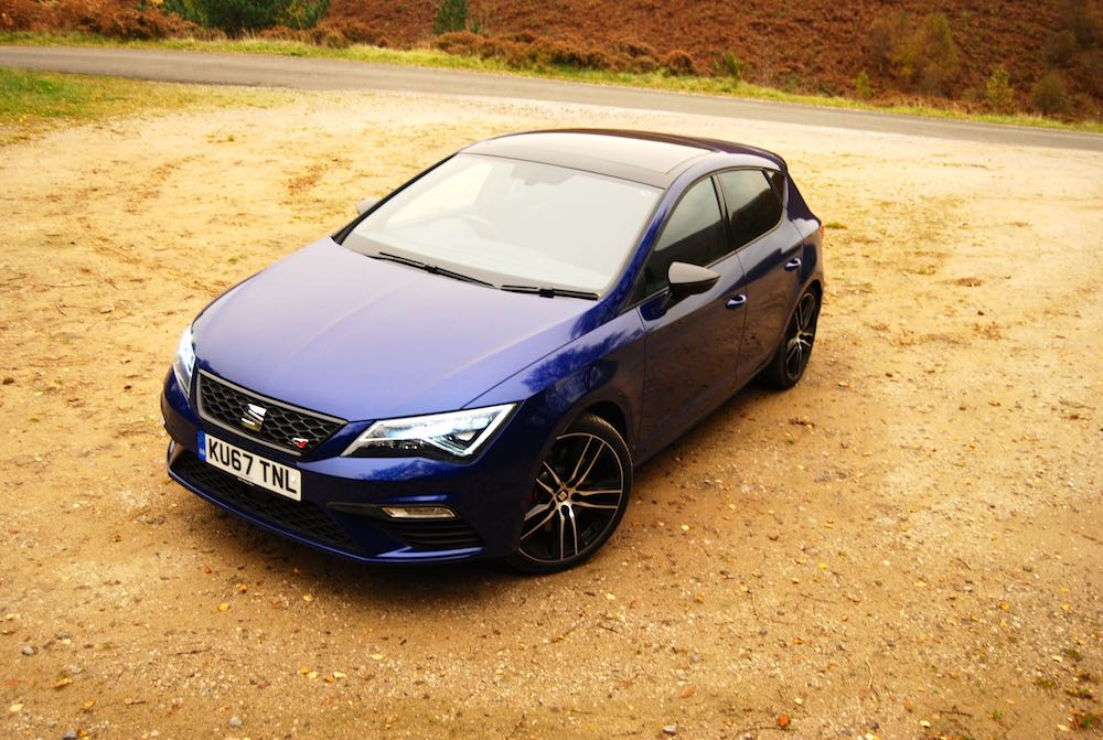 Leon Cupra 300 blue high