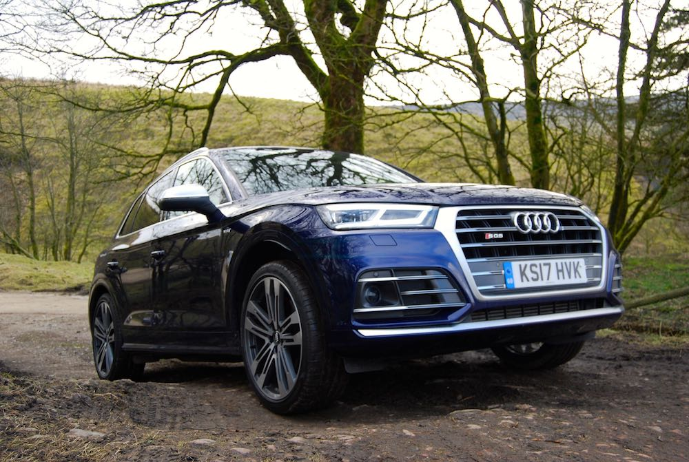 audi sq5 off road blue