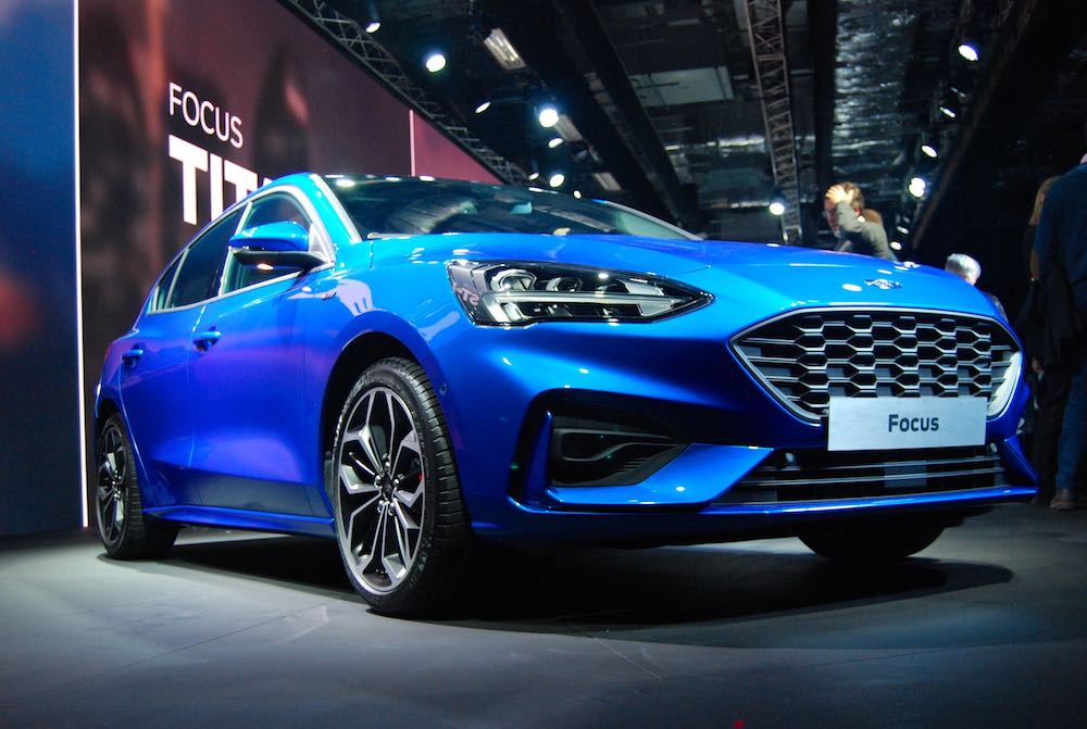 all new ford focus st line blue