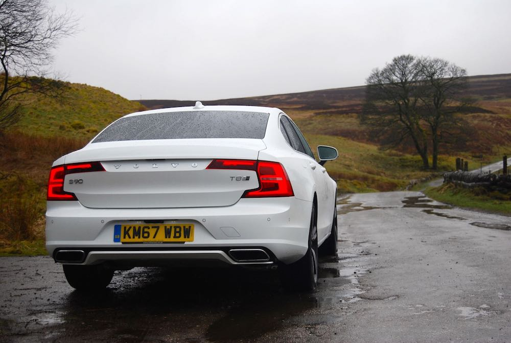 volvo s90 t8 white rear