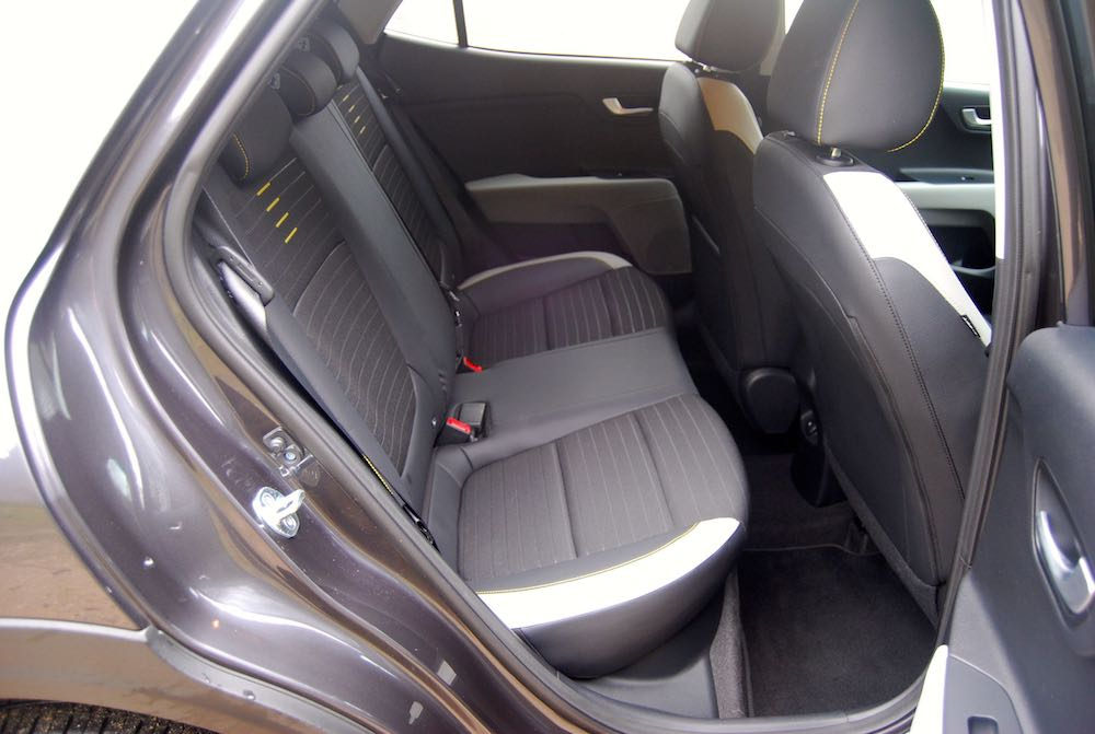 kia stonic grey rear seats