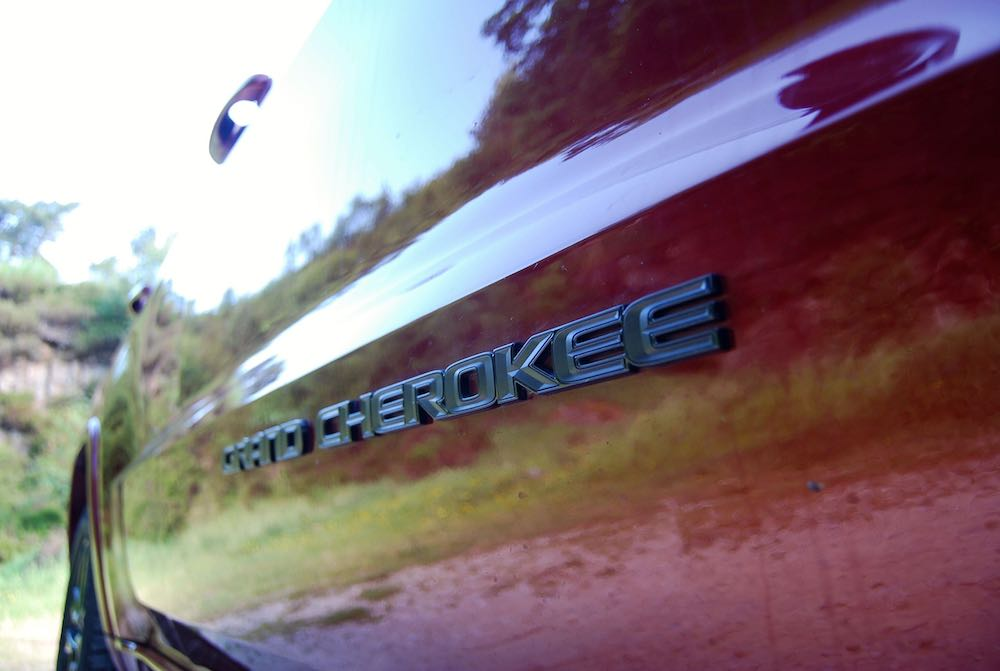 jeep grand cherokee night eagle side badge