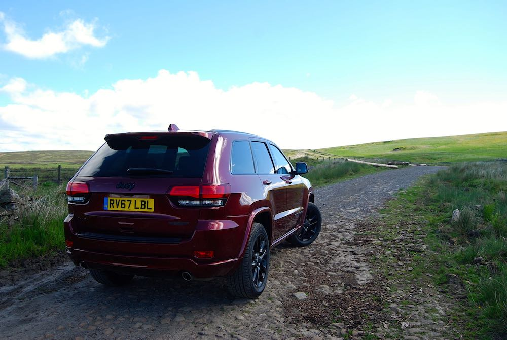 jeep grand cherokee night eagle velvet red rear side