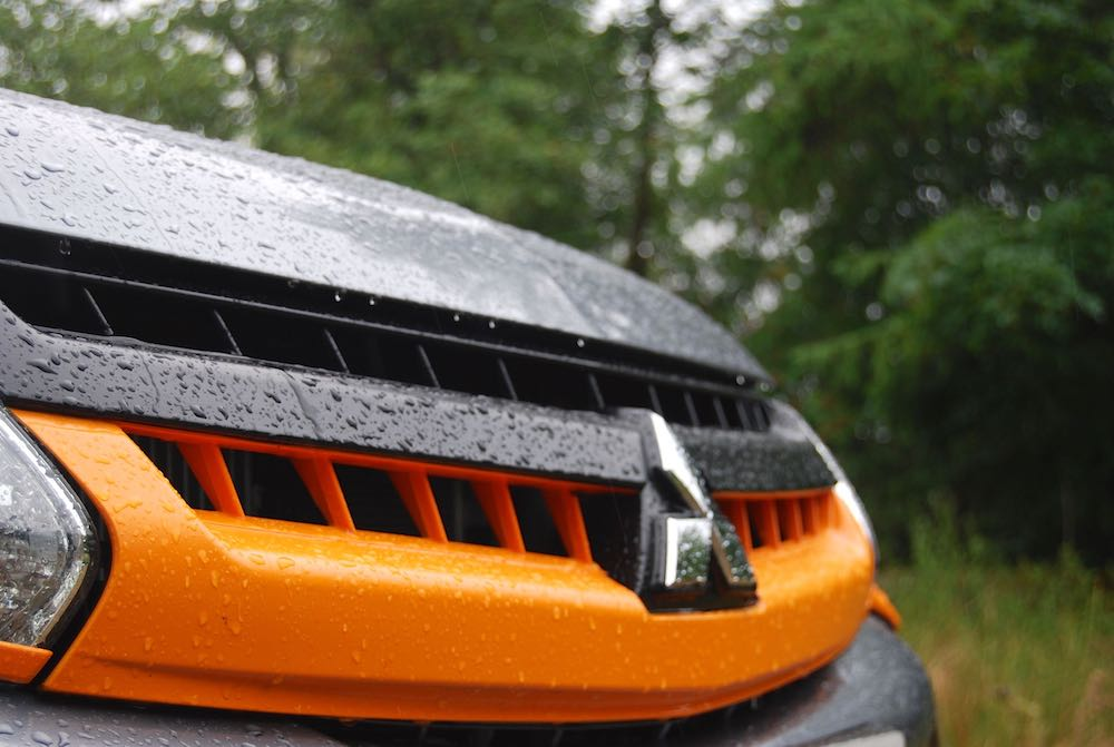 mitsubishi l200 barbarian svp 2 grille orange