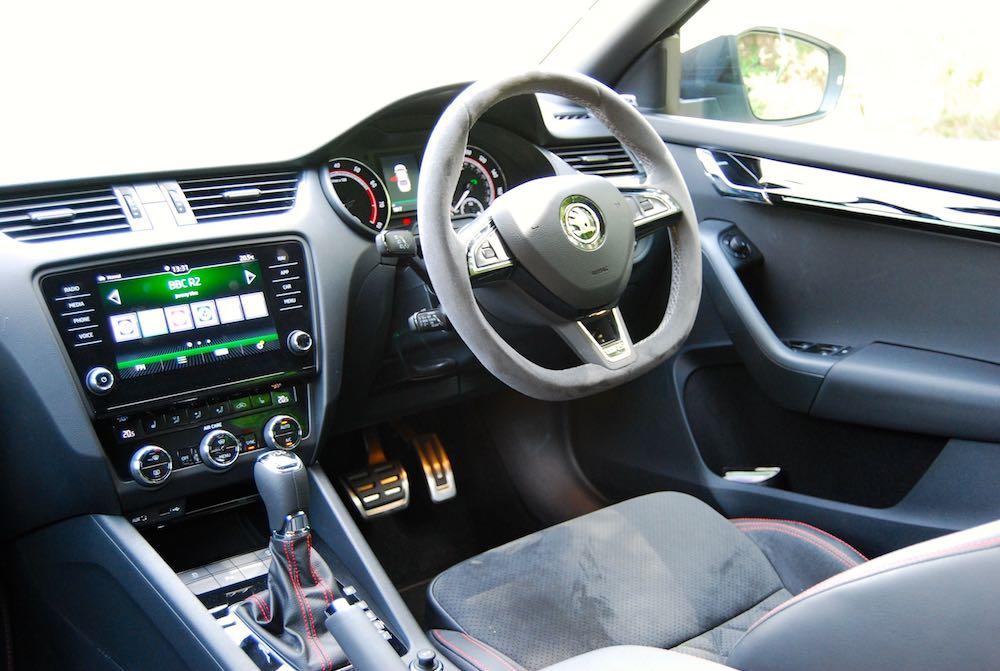 Skoda Octavia vRS 245 interior cabin