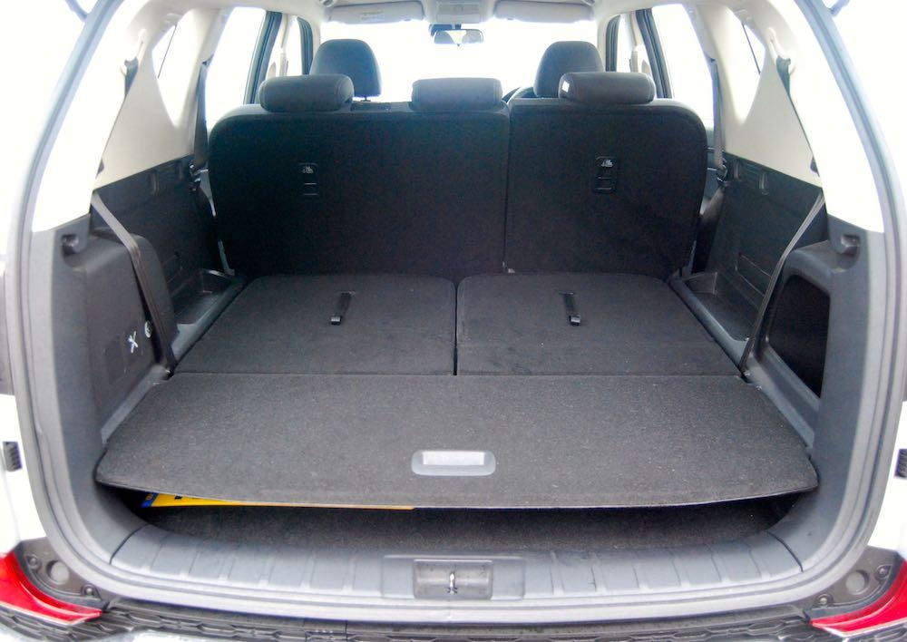 ssangyong rexton boot trunk review