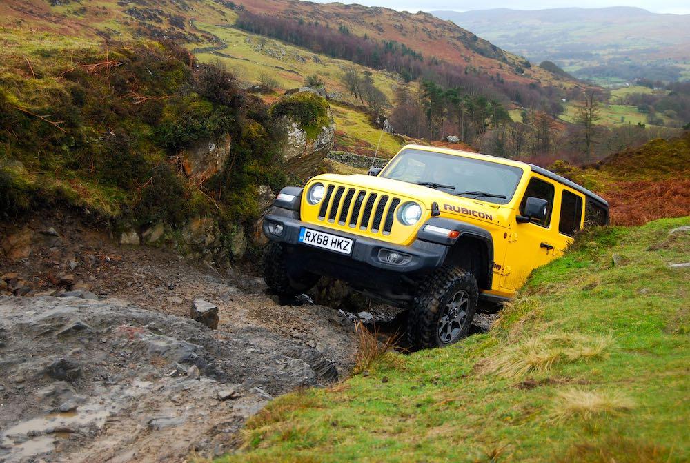 2019 jeep wrangler jl rubicon yellow front rock crawl