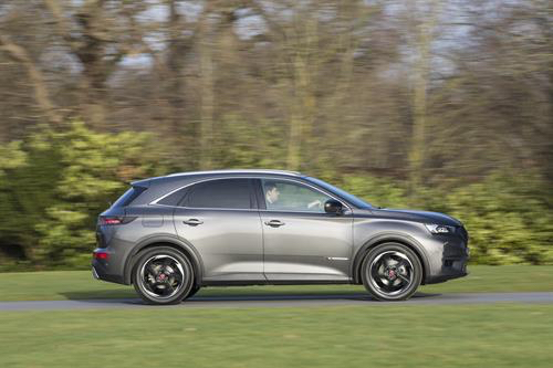 ds7 crossback performance line grey side review roadtest