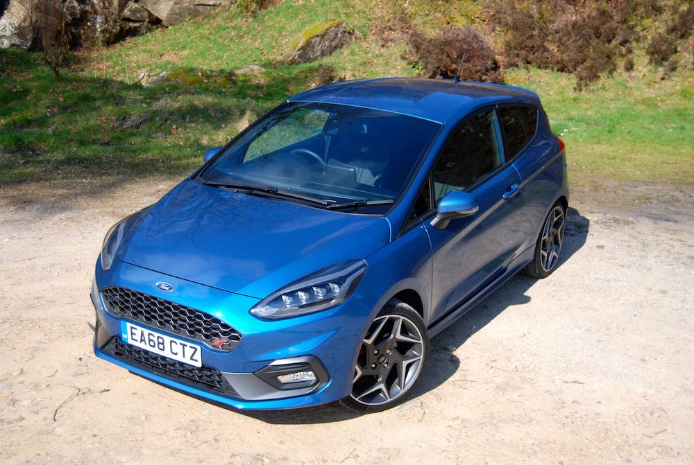 2019 ford fiesta st blue front high review roadtest