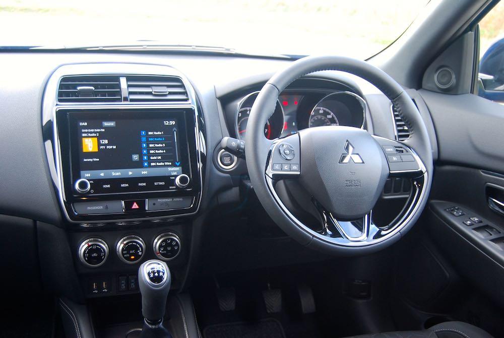 2019 mitsubishi asx dashboard review roadtest