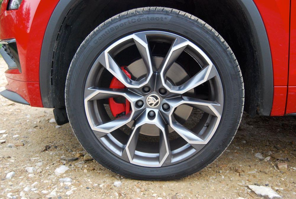 2019 skoda kodiaq vrs xtreme alloy wheel 20 review roadtest