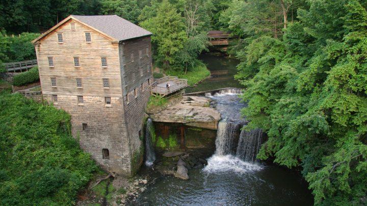 7 Amazing Waterfalls in Ohio