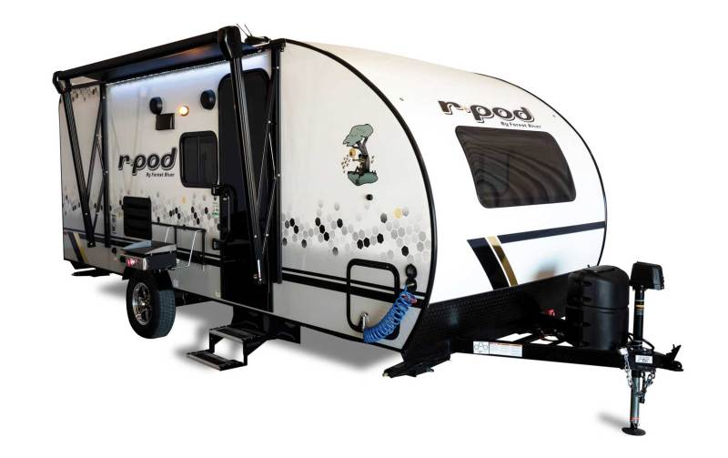 The R Pod is the first of its kind to offer you affordable luxury at the lowest tow weight in its class.