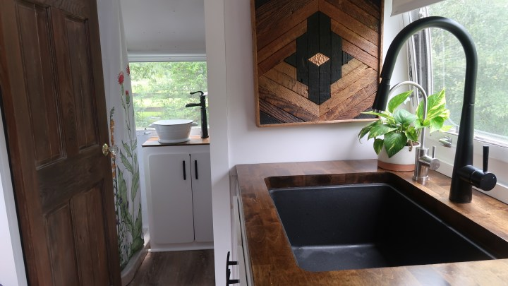 How to Spruce Up Your RV Countertops