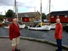 Arne Gotved og Hanne Hollnagel flankerer Karen i Dybvig Havn. Foto: Svend Aage Christensen