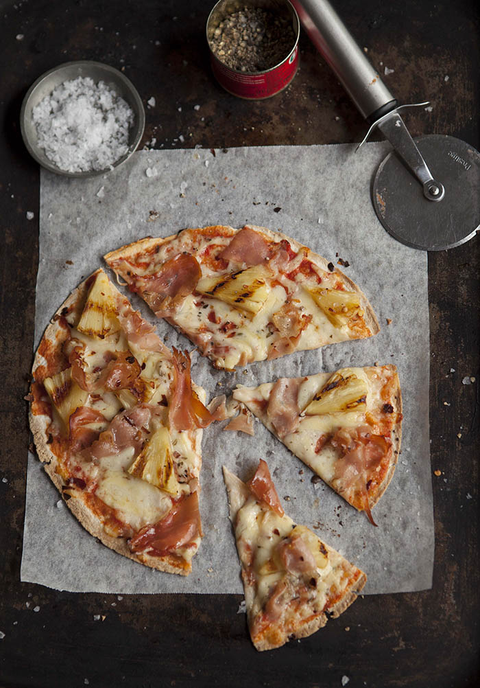 easy-hawaiian-tortilla-pizza-grilled-pineapple