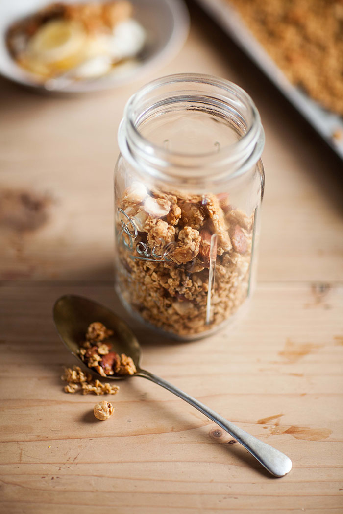 how to make easy honey nut granola
