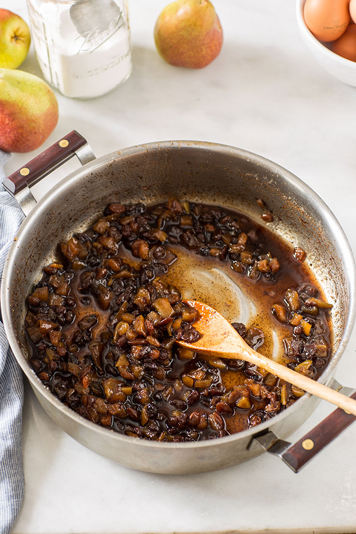 How to make pear fruit mince for mince pies