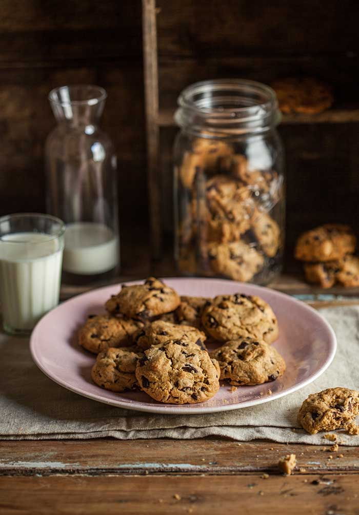espresso chocolate chip cookies | Drizzle and Dip