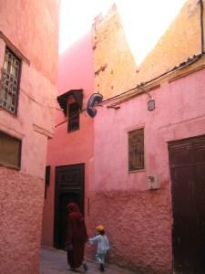 maknes alley in Medina