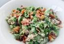 Broccolisalat med bacon – den perfekte salat (opskrift)