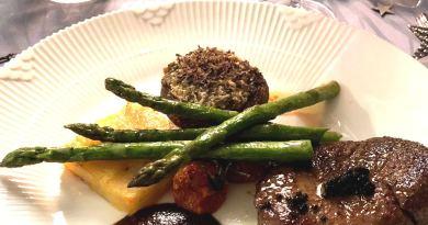 Opskrift på fyldte Portobellosvampe parmesan hvidløg ovn gratinerede bagte persille