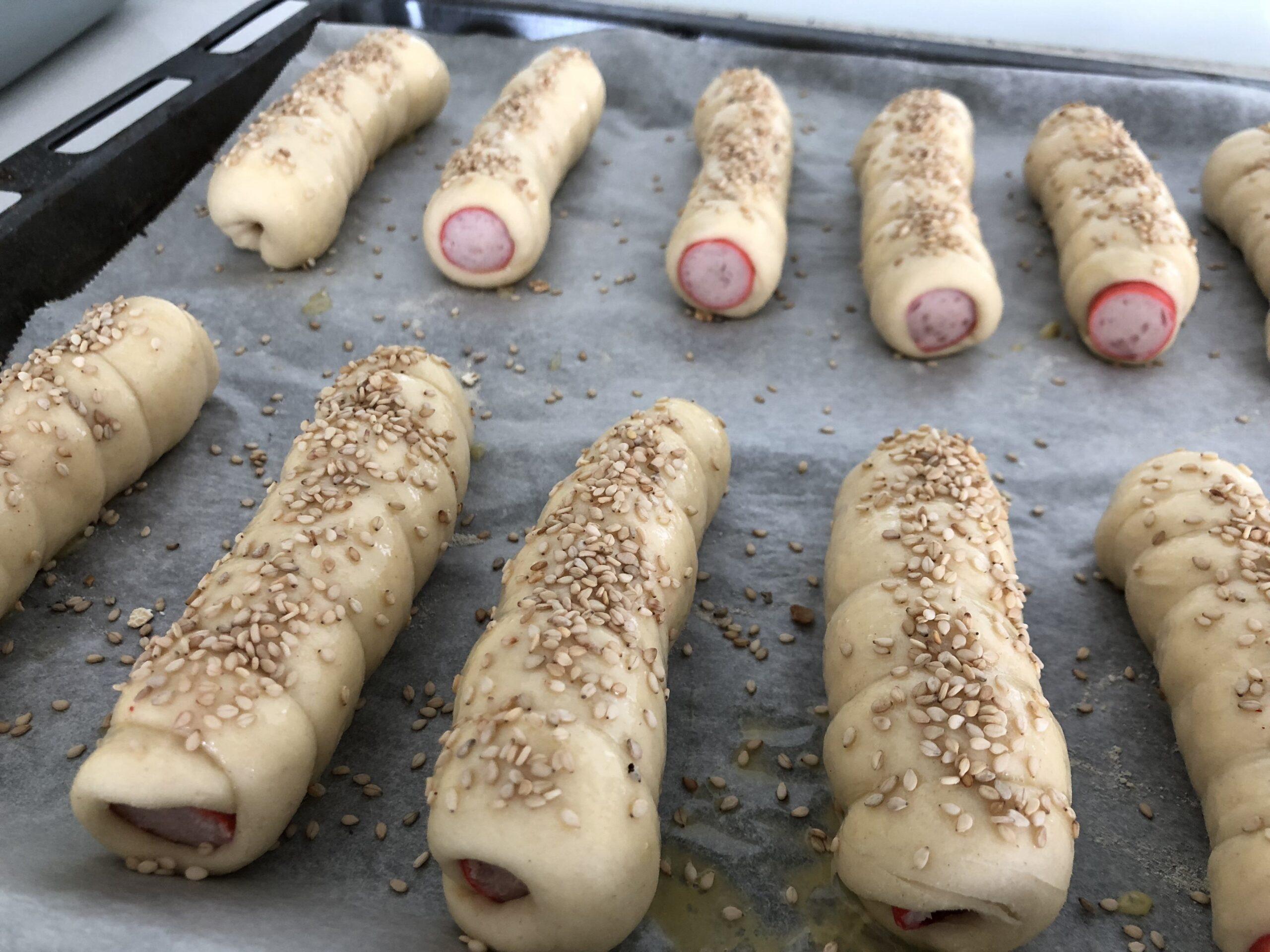 Lækre pølsehorn opskrift på gode pølsehorn med smør og æg de bedste verdens super god pølsehornsdej