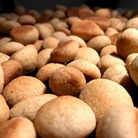 god opskrift pebernødder brune pebernødde pebernøder bedste opskrift på lyse jule hvorfor hedder de pevernødder