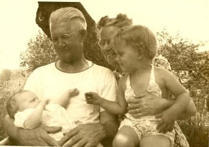 Grandpa & Nana Mooney in Monson 19450001