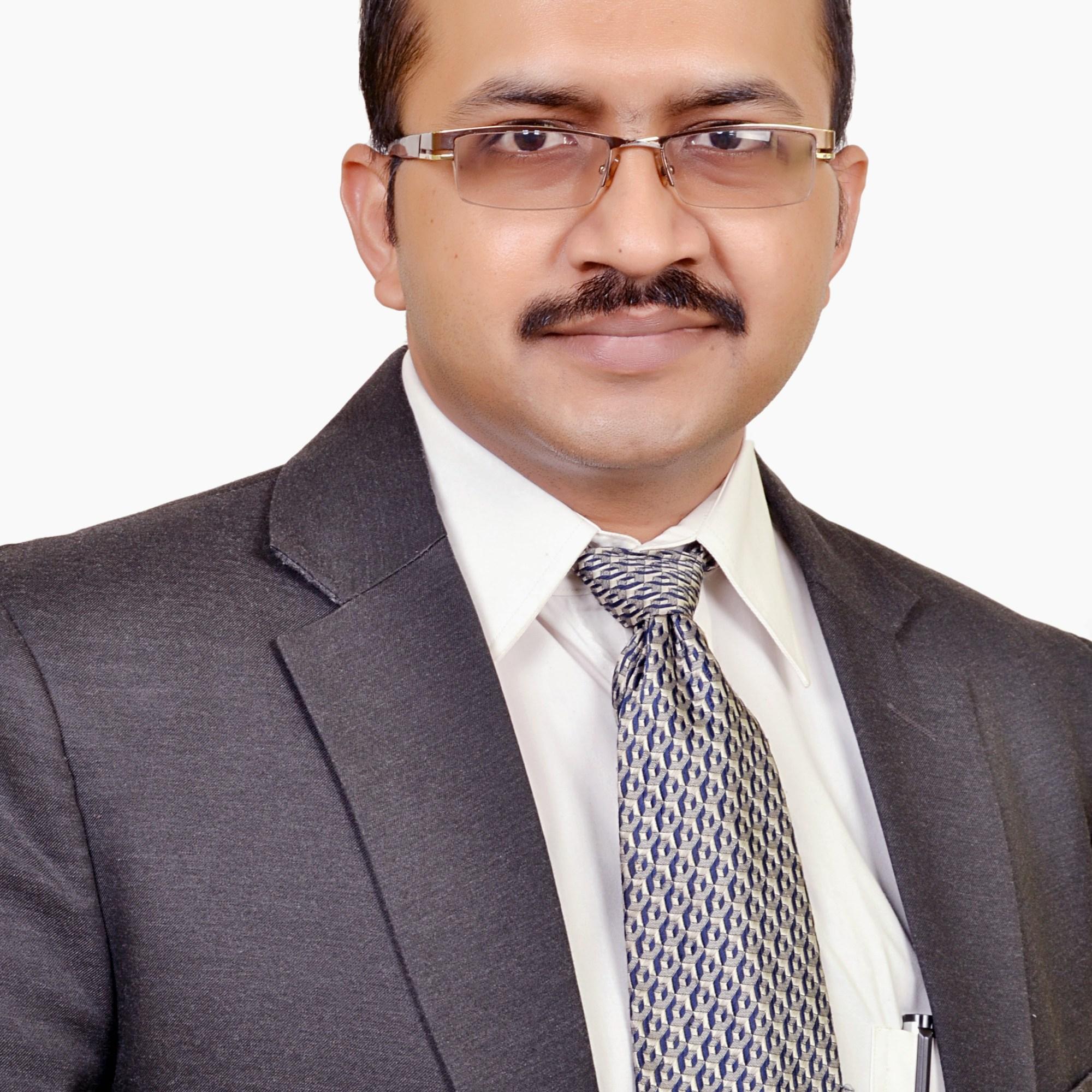 Good Laparoscopic surgeon in Noida & Delhi