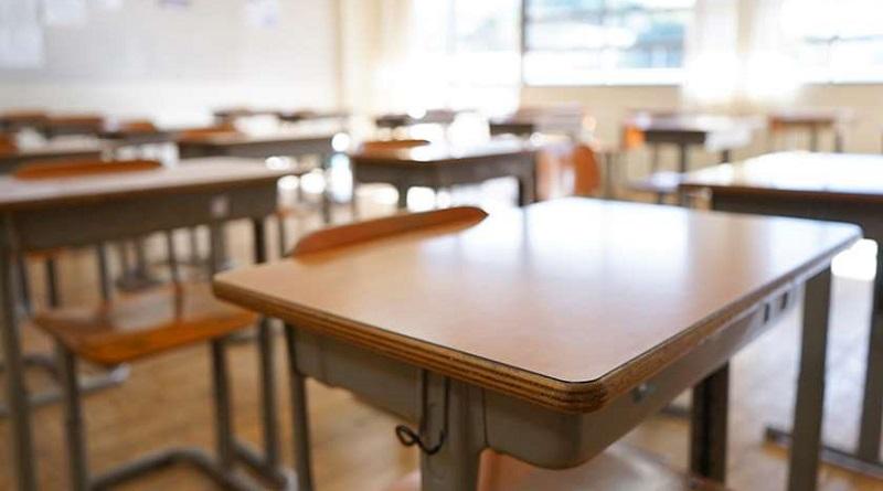 თბილისში სკოლის დირექტორი მშობელმა დაკბინა