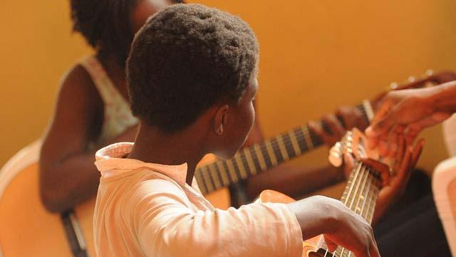 Learn Guitar During the Quarantine Period Covid 19