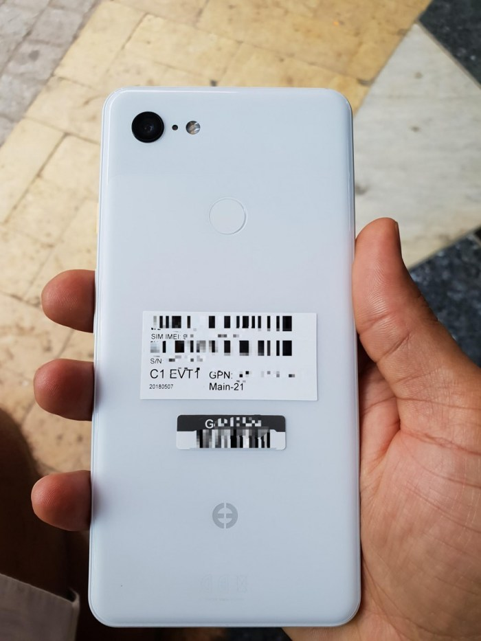 Google Pixel 3 XL from Rear