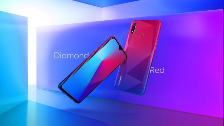 Realme 3i in Diamond Red Color