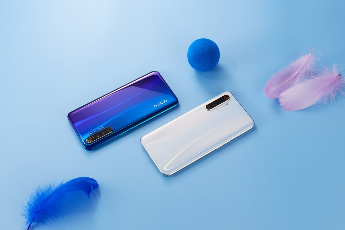 Realme X2 has a 4,000mAh battery with 30W Fast Charging