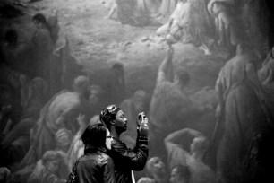 Atelier pédagogique externe au Petit Palais. Choix argumenté d'œuvres pour la réalisation d'un guide. © Virginie de Galzain